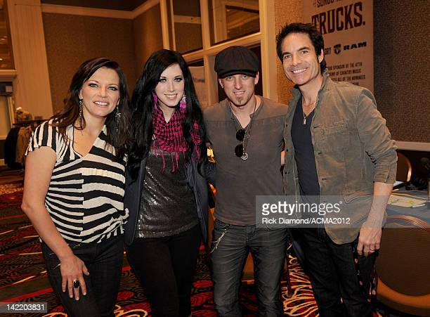 Singers Martina McBride Shawna Thompson Keifer Thompson and Pat Monahan speak in the Westwood One Remotes room during the 47th Annual Academy Of...