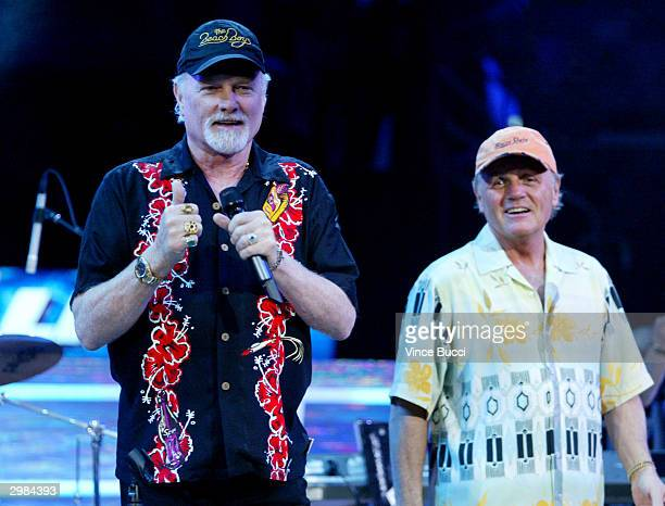 Singers Mike Love and Bruce Johnston of The Beach Boys perform during the NBA AllStar Saturday Night festivities on February 14 2004 at the Staples...
