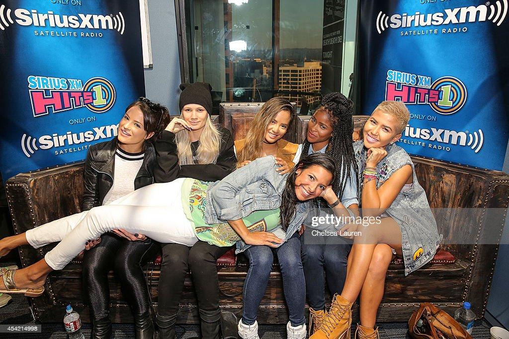 ARIANA GRANDE at SiriusXM Hits 1's Morning Mash Up Broadcast ...