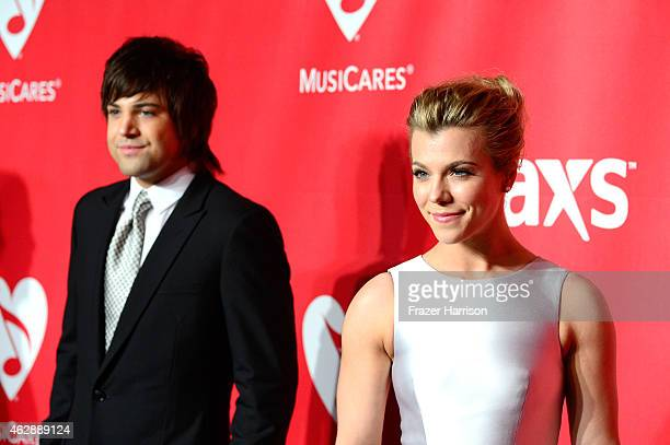 Singers Neil Perry and Kimberly Perry of The Band Perry attend the 25th anniversary MusiCares 2015 Person Of The Year Gala honoring Bob Dylan at the...