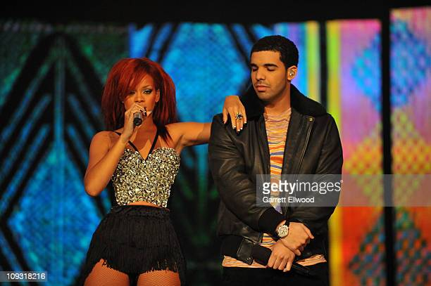 Singers Rihanna and Drake perform during the 2011 NBA All Star Game at Staples Center on February 20 2011 in Los Angeles California NOTE TO USER User...