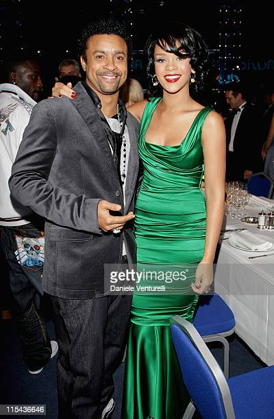 Singers Shaggy and Rihanna attend the 2007 World Music Awards held at the Sporting Club on November 4 2007 in Monte Carlo Monaco