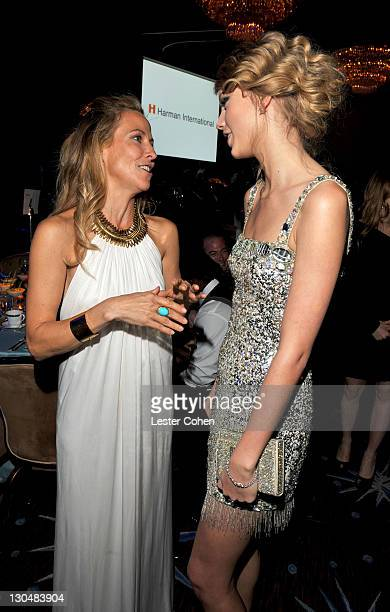 Singers Sheryl Crow and Taylor Swift during the 52nd Annual GRAMMY Awards Salute To Icons Honoring Doug Morris held at The Beverly Hilton Hotel on...