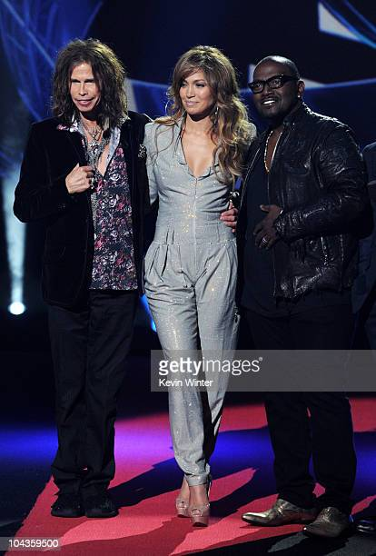 """Singers Steven Tyler, Jennifer Lopez and musician Randy Jackson appear onstage at a press conference to officially announce the season 10 """"American..."""