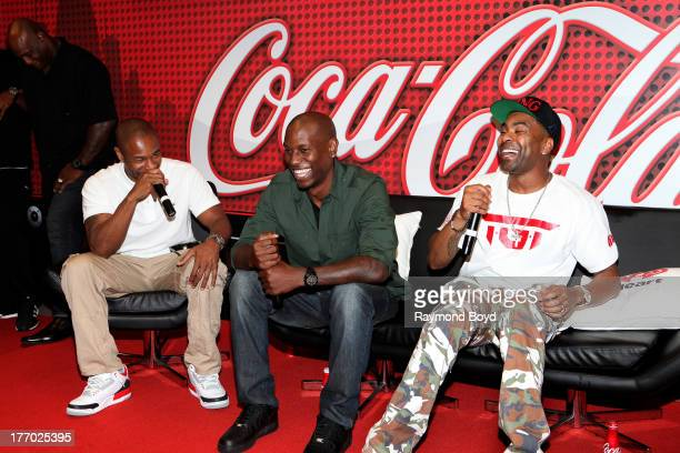 Singers Tank Tyrese and Ginuwine of the group TGT answers questions and have fun with their fans in the V103FM CocaCola Lounge in Chicago Illinois on...