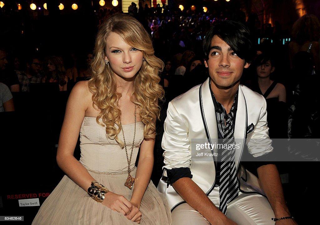 2008 MTV Video Music Awards - Backstage and Audience : Foto jornalística