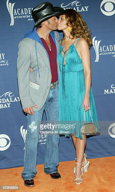 Singers Tim McGraw and wife/singer Faith Hill arrive at the 40th Annual Academy Country Music Awards at Mandalay Bay Resort & Casino on May 17, 2005...