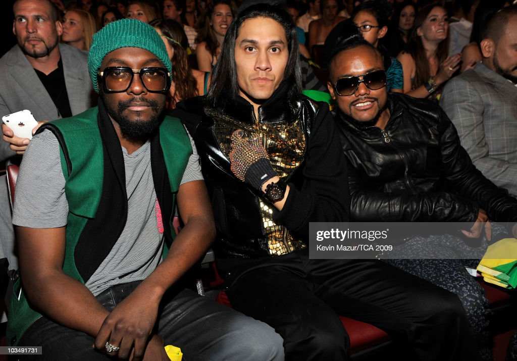 Singers will.i.am, Taboo, and apl de ap of the 'Black Eyed Peas' pose during the Teen Choice Awards 2009 held at the Gibson Amphitheatre on August 9, 2009 in Universal City, California.