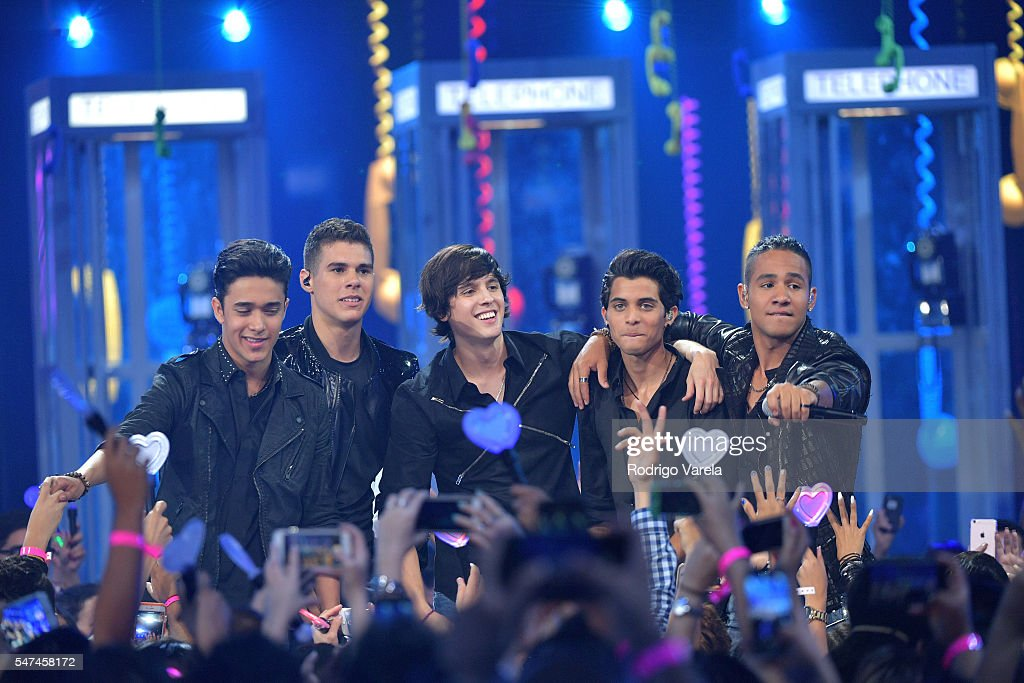 Singers Zabdiel de Jesus, Richard Camacho, Erick Brian Colon, Joel Pimentel and Christopher Velez of CNCO perform onstage at the Univision's 13th Edition Of Premios Juventud Youth Awards at Bank United Center on July 14, 2016 in Miami, Florida.