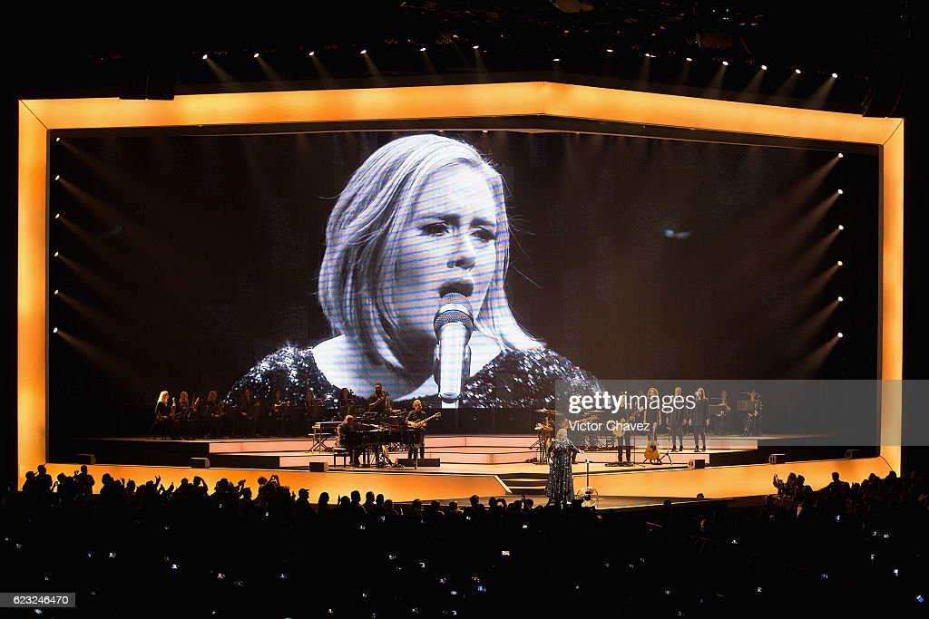 Singer/songwriter Adele performs on stage at Palacio De Los Deportes on November 14, 2016 in Mexico City, Mexico.