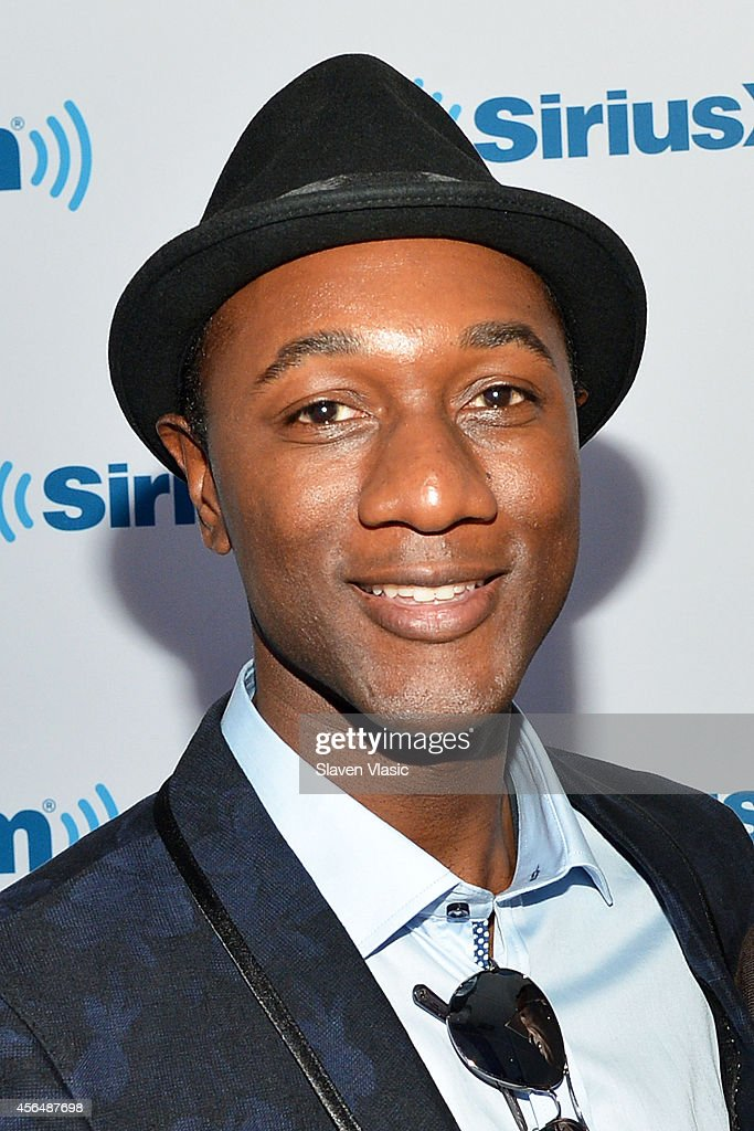 Singer/songwriter Aloe Blacc visits SiriusXM Studios on October 1, 2014 in New York City.