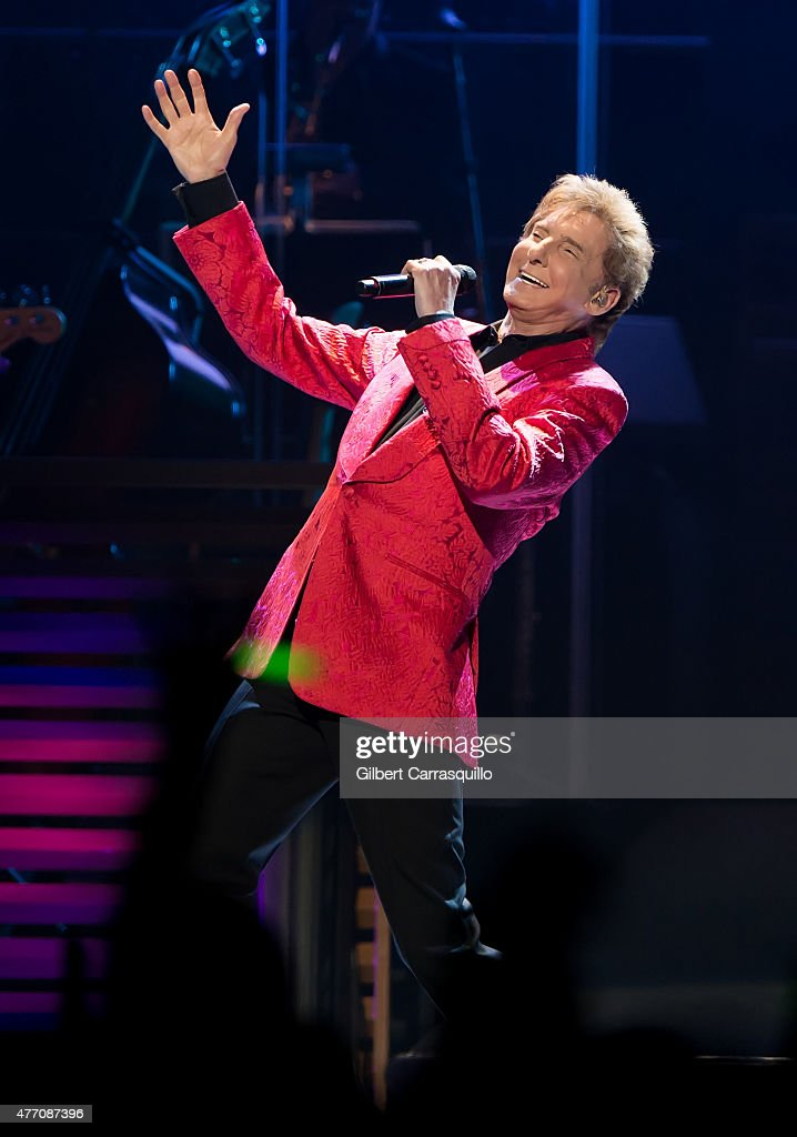 Barry Manilow In Concert - Philadelphia, PA