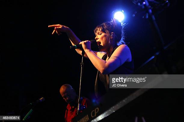 Singer/songwriter Beth Hart performs on stage at El Rey Theatre on February 14, 2015 in Los Angeles, California.