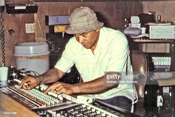 Singer/songwriter Bill Withers at the controls of a soundboard in the recording studio in circa 1972