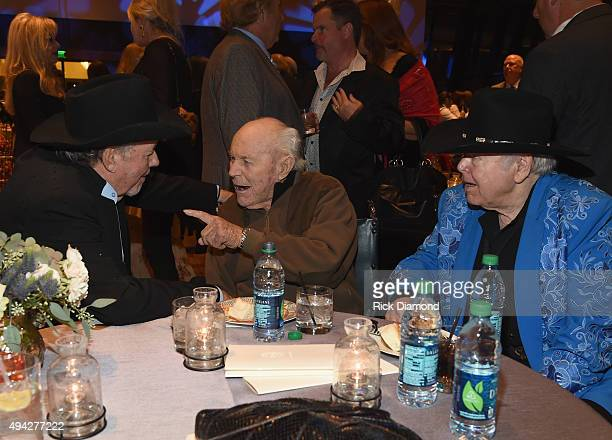 Singer/Songwriter Bobby Bare General Chuck Yeager and Singer/Songwriter Roy Clark attend The Country Music Hall of Fame 2015 Medallion Ceremony at...