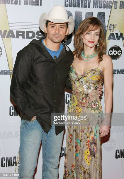 Singer/songwriter Brad Paisley and Kimberly WilliamsPaisley arrive at the 41st Annual CMA Awards at the Sommet Center on November 7 2007 in Nashville...