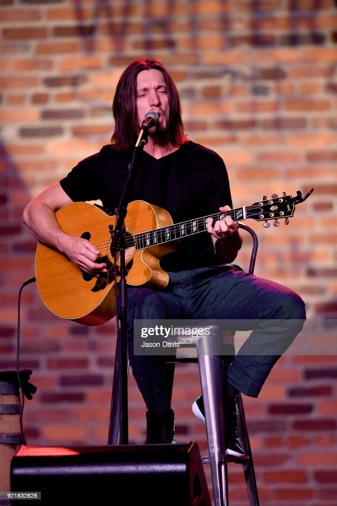Singer/Songwriter Brad Warren performs onstage during the CMA Songwriters Series Celebrating CMA's 9th Annual Tripple Play Awards at Marathon Music Works on February 20, 2018 in Nashville, Tennessee.