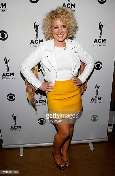 Singer-songwriter Cam attends the 10th Annual ACM Honors at the Ryman Auditorium on August 30, 2016 in Nashville, Tennessee.