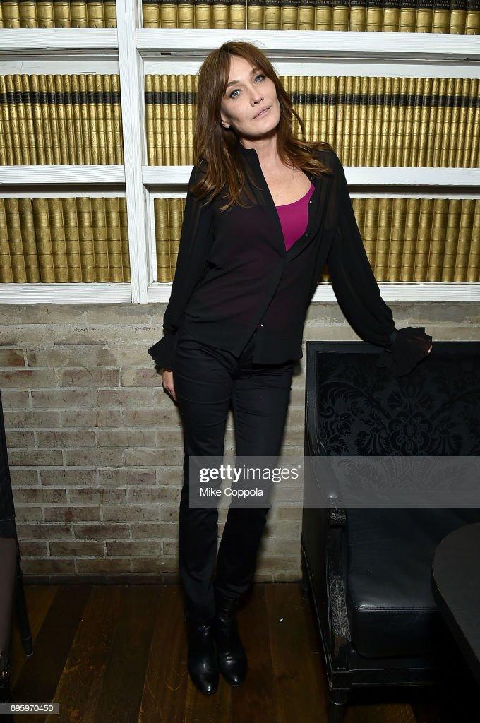 Carla Bruni Performs During U.S. Showcase