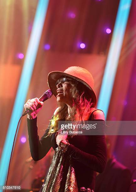 Singersongwriter Carly Simon performs onstage during the 2016 PreGRAMMY Gala and Salute to Industry Icons honoring Irving Azoff at The Beverly Hilton...