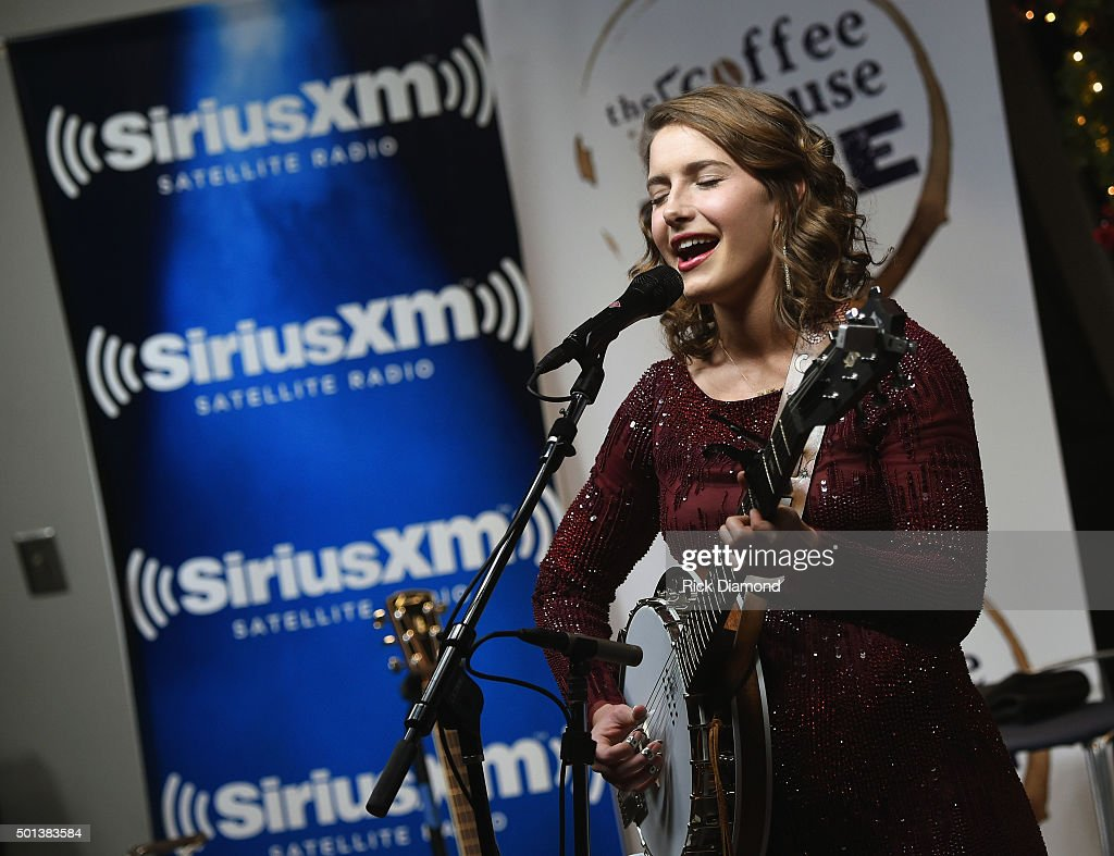 SiriusXM Acoustic Christmas With Jewel And Shawn Mullins : News Photo