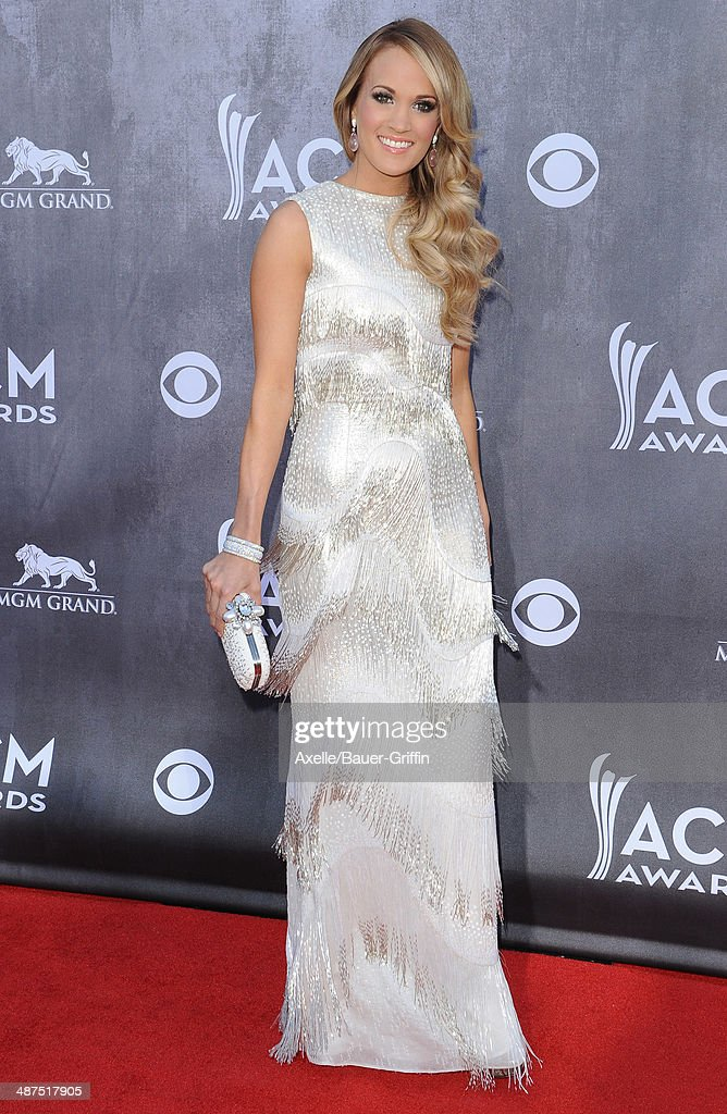CARRIE UNDERWOOD at 51st Annual ACM Awards in Las Vegas 04