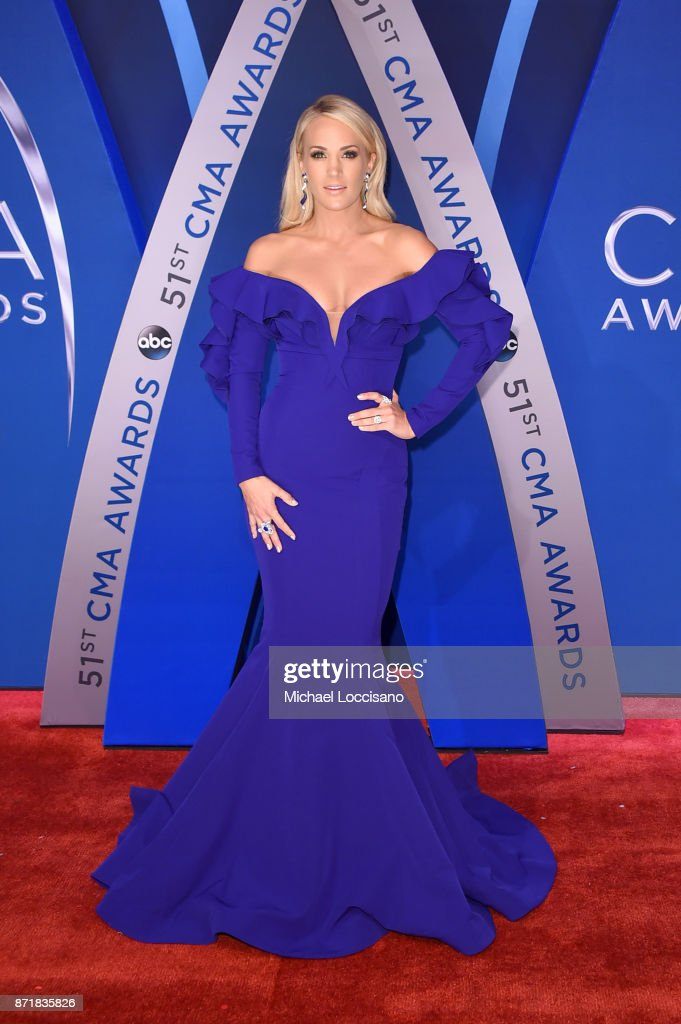 The 51st Annual CMA Awards - Arrivals : News Photo