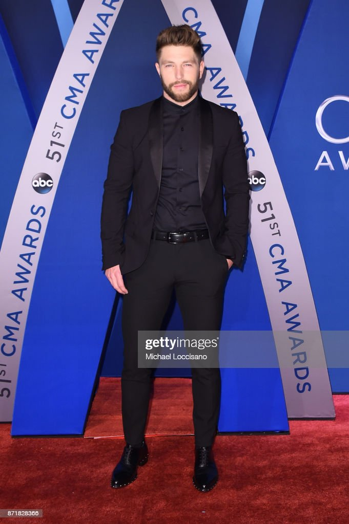 The 51st Annual CMA Awards - Arrivals : News Photo