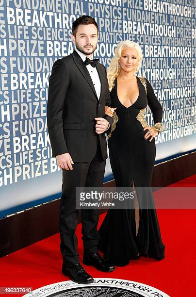 Singer/songwriter Christina Aguilera and Producer Fiance Matthew Rutler attend the 2016 Breakthrough Prize Ceremony on November 8 2015 in Mountain...