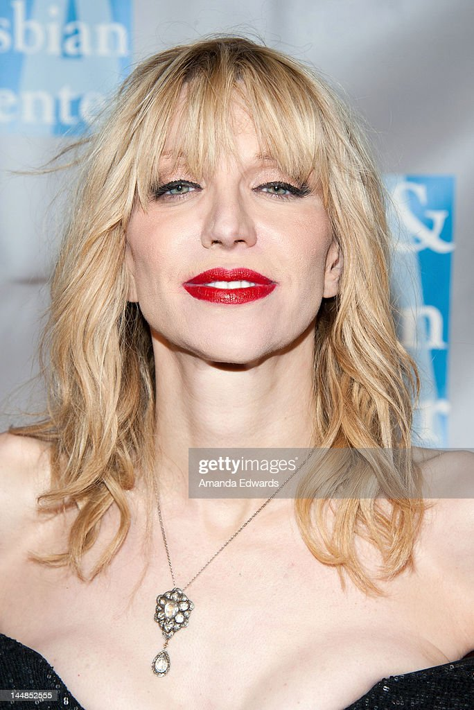 "L.A. Gay & Lesbian Center's ""An Evening With Women"" - Arrivals"