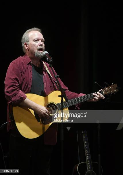 Singer/songwriter Don Schlitz performs during CMA Songwriters Series Featuring Mary Chapin Carpenter Vince Gill Mac McAnally and Don Schlitz at CMA...