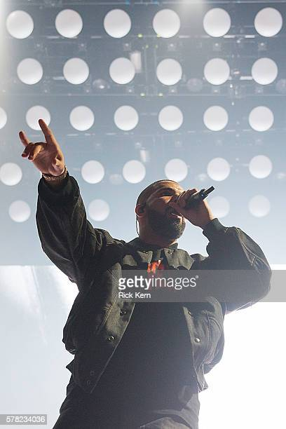 Singersongwriter Drake performs in concert during the Summer Sixteen Tour opener at the Frank Erwin Center on July 20 2016 in Austin Texas