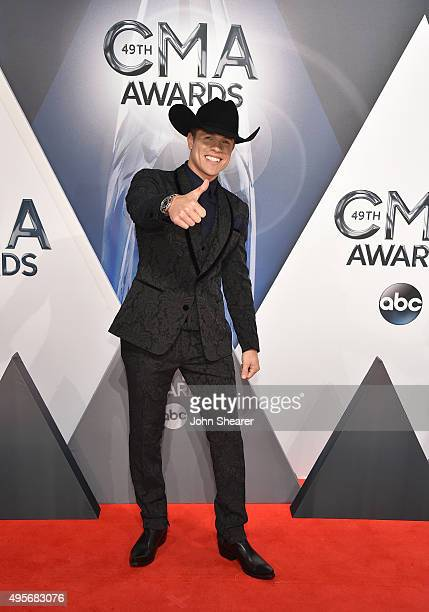Singer-songwriter Dustin Lynch attends the 49th annual CMA Awards at the Bridgestone Arena on November 4, 2015 in Nashville, Tennessee.