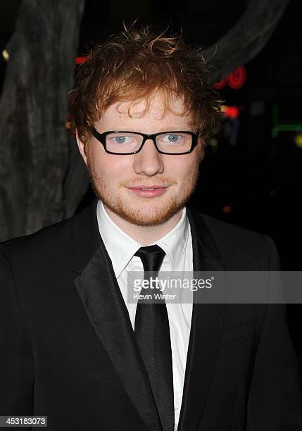 Singersongwriter Ed Sheeran attends the premiere of Warner Bros' The Hobbit The Desolation of Smaug at TCL Chinese Theatre on December 2 2013 in...