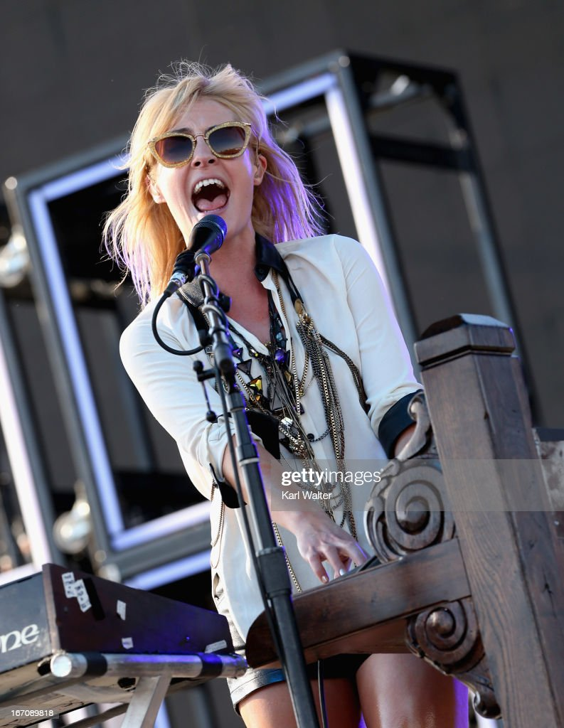 2013 Coachella Valley Music And Arts Festival - Weekend 2 - Day 1