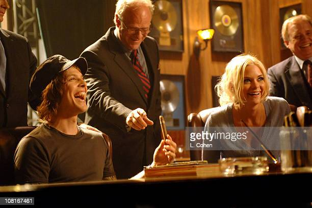 Singer/Songwriter Gavin DeGraw and Jaime King on the set of the video for Chariot the title track from DeGraw's platinumselling debut album