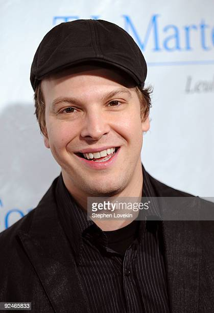 Singersongwriter Gavin DeGraw attends the 34th Annual TJ Martell Foundation's Awards Gala at the Hilton Hotel on October 28 2009 in New York City