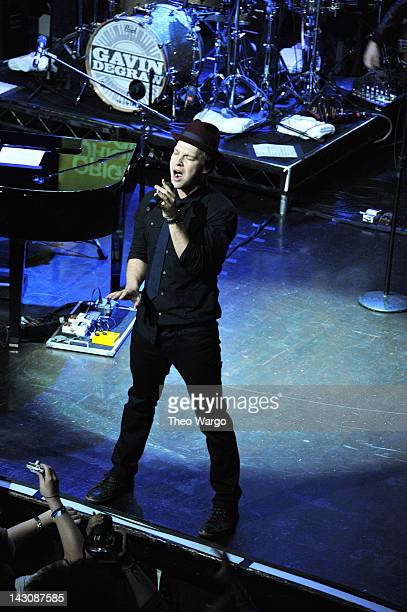 Singersongwriter Gavin DeGraw performs at the third annual Origins Rocks Earth Month concert hosted by ecominded beauty brand Origins at Webster Hall...