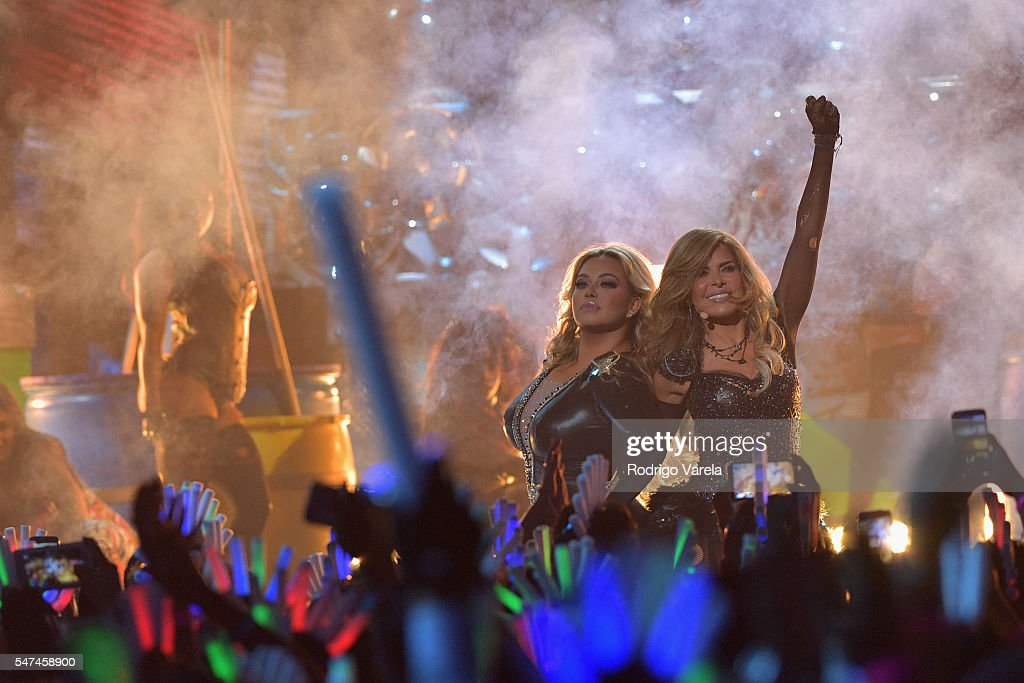 Singer-songwriter Gloria Trevi performs onstage at the Univision's 13th Edition Of Premios Juventud Youth Awards at Bank United Center on July 14, 2016 in Miami, Florida.