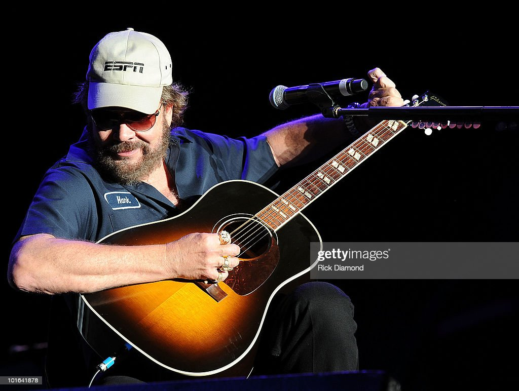Singer/Songwriter Hank Williams Jr. performs during the 2010 BamaJam Music & Arts Festival at the corner of Hwy 167 and County Road 156 on June 4, 2010 in Enterprise, Alabama.