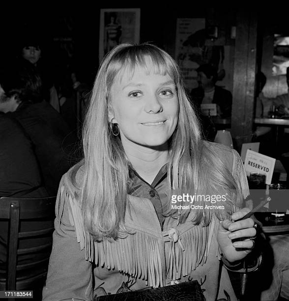 Singer/songwriter Jackie DeShannon poses for a portrait at an event in circa 1969 in Los Angeles California