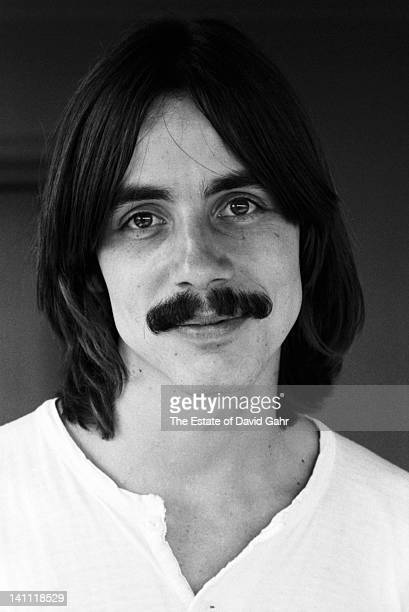 Singersongwriter Jackson Browne poses for a portrait in June 1972 in New York City New York