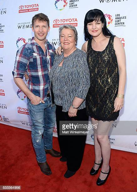 Singersongwriter James Blunt CEO Los Angeles LGBT Center Lorri L Jean and actress Pauley Perrette attend An Evening with Women benefiting the Los...