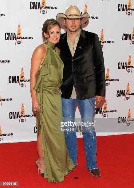 Singer/songwriter Jason Aldean and Jessica Aldean attend the 43rd Annual CMA Awards at the Sommet Center on November 11, 2009 in Nashville, Tennessee.