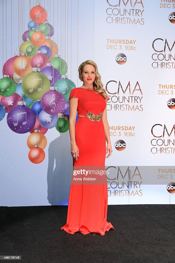 singer songwriter jewel attends the cma 2015 country christmas press room cma 2015 country christmas - Cma Country Christmas 2015