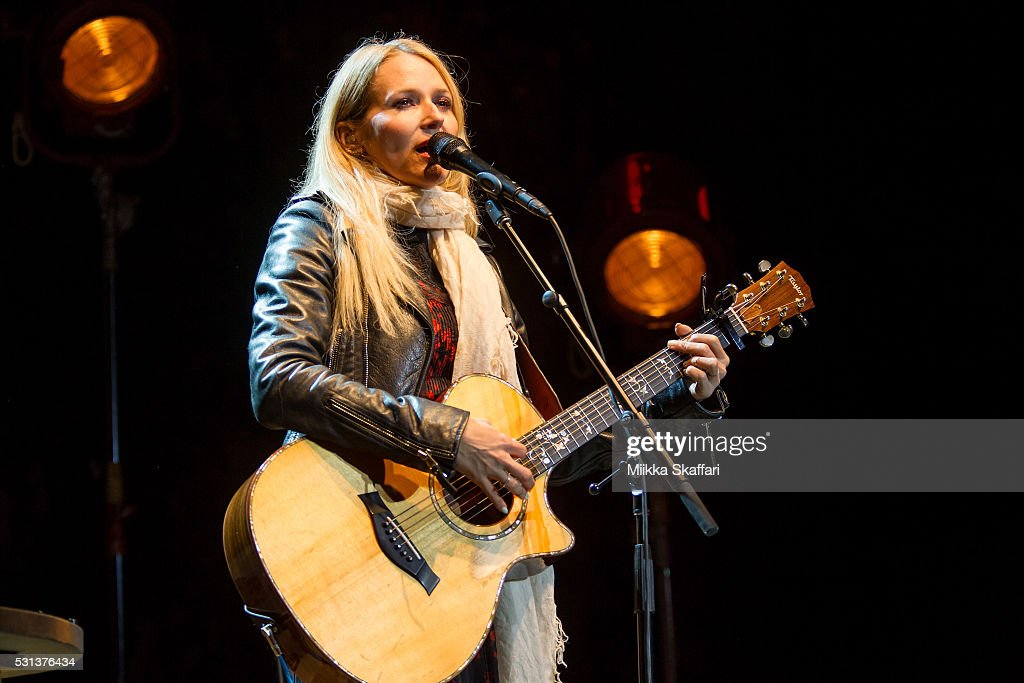 Singer-songwriter Jewel performs at The Mountain Winery on May 13, 2016 in Saratoga, California.