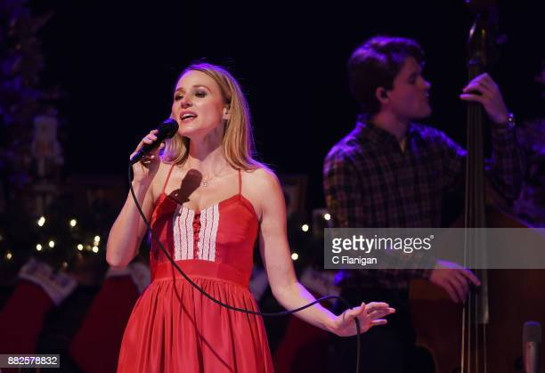 Singer-songwriter Jewel performs during her 'Handmade Holiday Tour' at City National Civic on November 29, 2017 in San Jose, California.