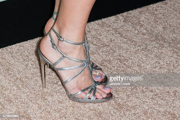 Singersongwriter Jewel shoe detail arrives at the Aviva Family and Children's Services Center Event at the Four Seasons Hotel Los Angeles at Beverly...