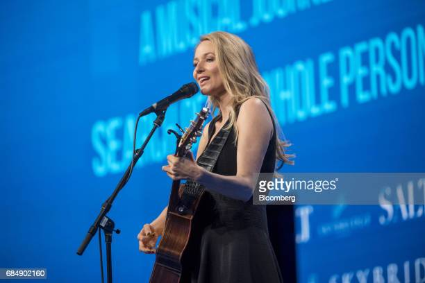 SingerSongwriter Jewel sings at the Skybridge Alternatives conference in Las Vegas Nevada US on Thursday May 18 2017 The SALT Conference facilitates...