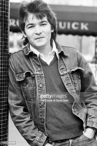 Singer/songwriter John Prine poses for a portrait on November 5 1972 in New York City New York